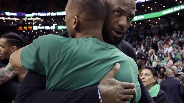 James passes Jordan, Cavs back in Finals with 135-102 win