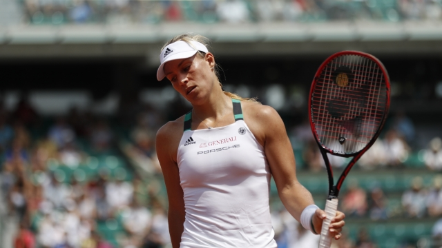 Angelique Kerber suffers historic French Open defeat