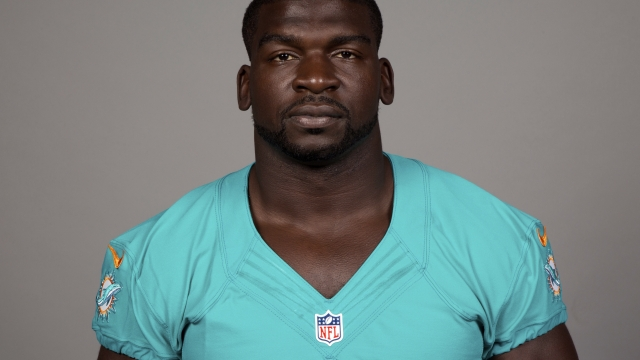 Dolphins suspend LB Lawrence Timmons indefinitely