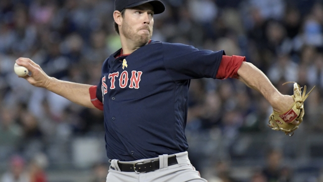 Pomeranz aims to keep surging as Red Sox face Yankees