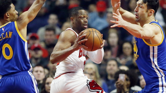 Wade to AP: Weighing options after agreeing to Bulls' buyout