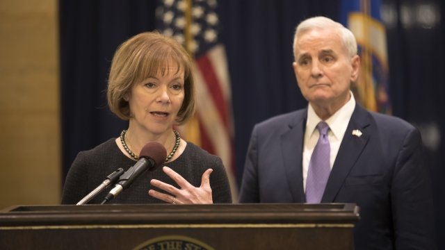 Minnesota Lt. Gov. Tina Smith named to fill Franken seat