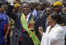 Zimbabwe ruling party meets to seal Mugabe's fall from grace