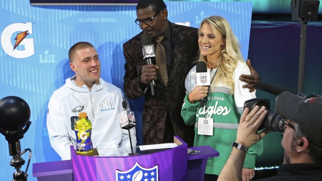 Julie Ertz was soccer star before Zach's Super Bowl bid