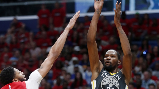 Durant's scores 38, Warriors down Pelicans for 3-1 lead
