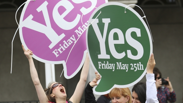 The Latest: Irish voters overwhelmingly repeal abortion ban