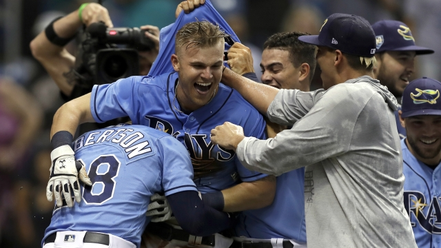 Bauers homers in 12th, Rays sweep Yankees with 7-6 win