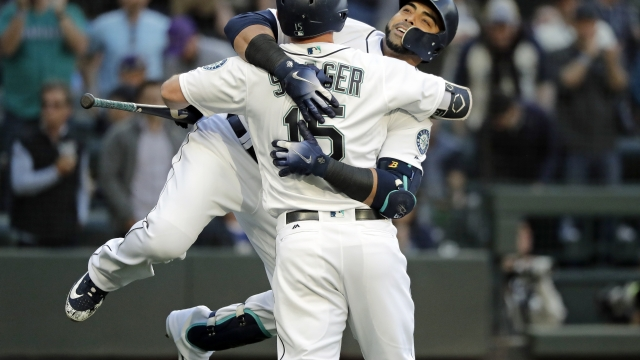 Cruz, Mariners overcome Trout's 2 HRs in 5-3 win vs Angels