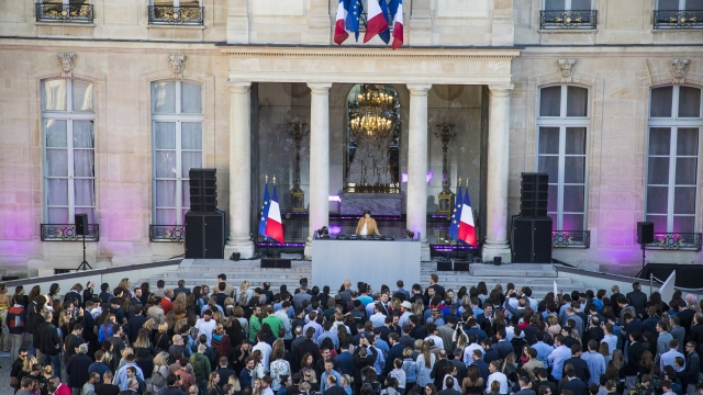 France's presidential palace hosts electronic music show