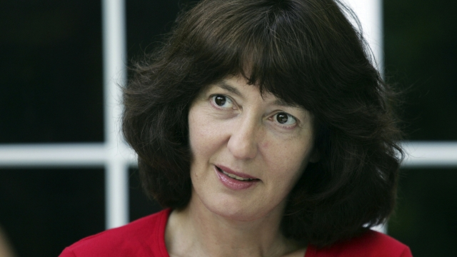 Geraldine McCaughrean wins Carnegie children's book prize