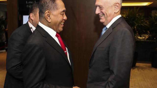 Mattis slams China on South China Sea island weaponization