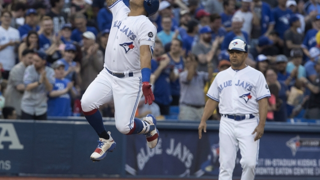 Solarte homers from both sides of plate, Jays beat Nats 6-5