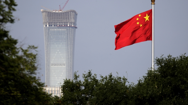 Trump approves plan to impose tough China tariffs