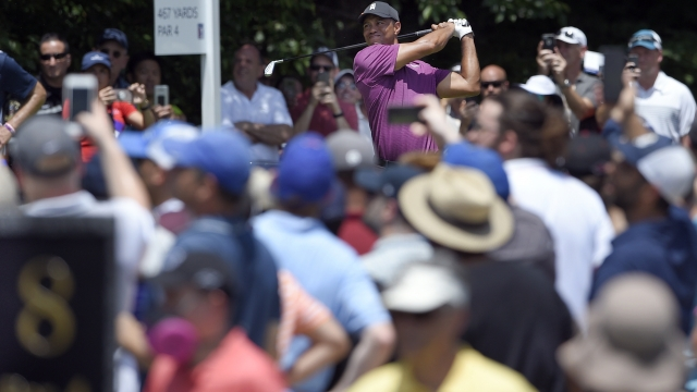 Woods shoots 65, in range going into weekend at TPC Potomac