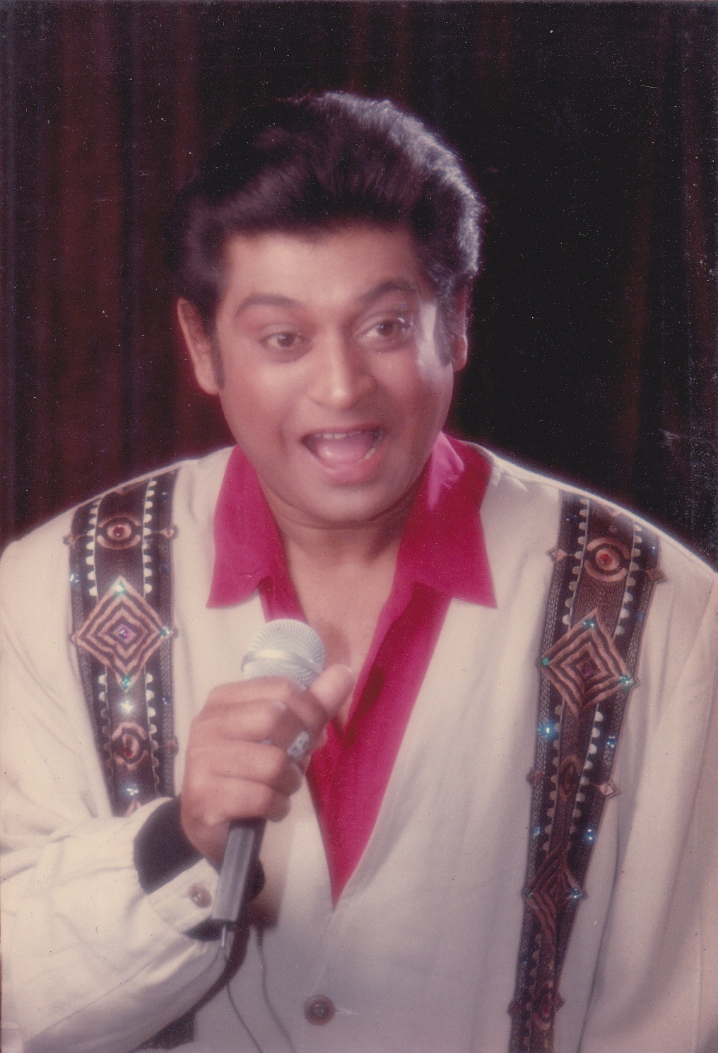 Singer Amit Kumar