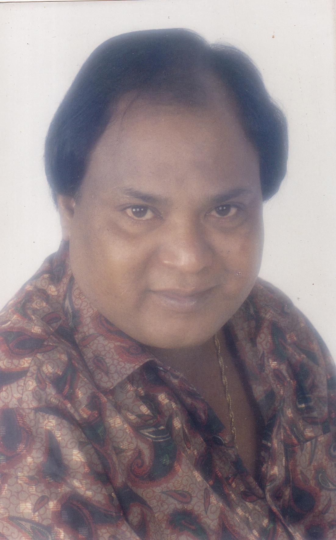 Singer Mohammad Aziz
