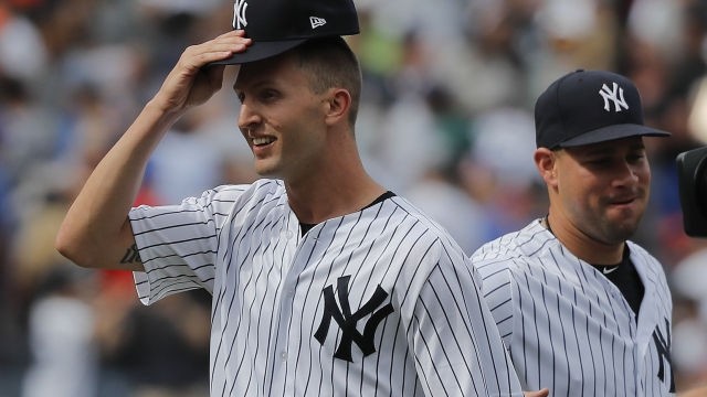Gray wins consecutive starts, Yanks hold on to beat Mets 7-6