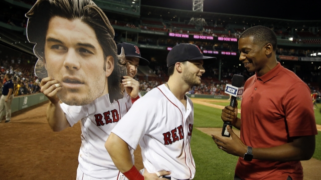 Red Sox beat Rangers 8-4 for 8th straight win