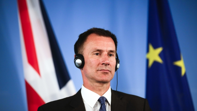 UK top diplomat warns no Brexit deal 'now a very real risk'