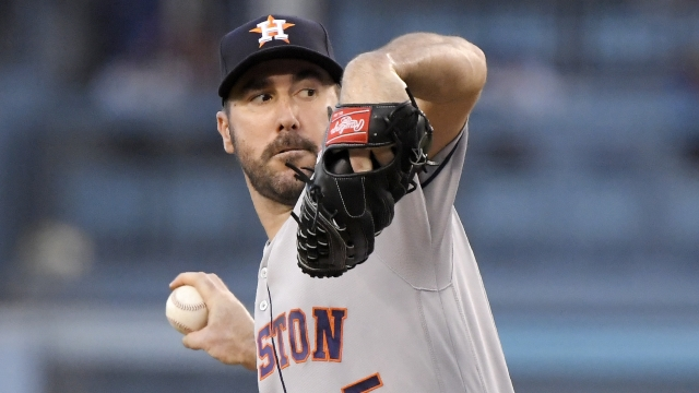 Astros edge Dodgers in World Series rematch