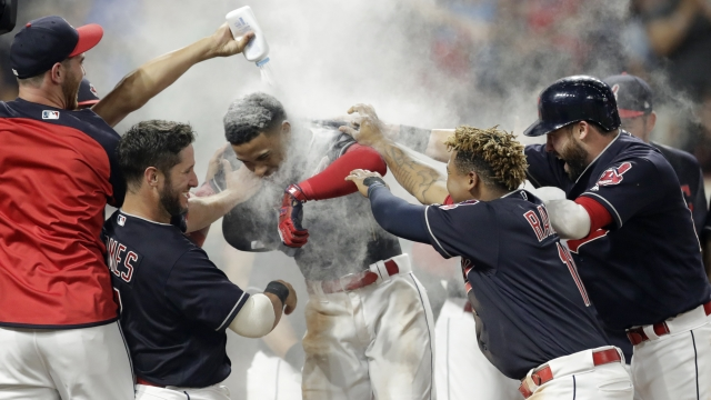 Lindor's 3-run homer in 9th gives Indians 5-2 win